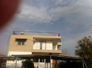 apartment for sale near sea and 35km from Athens