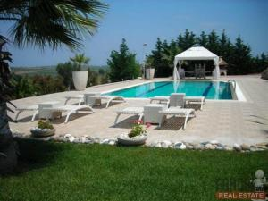 House for rent Kassandra, Sani 400 sq.m.