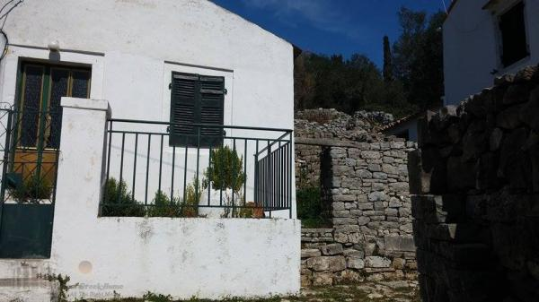 OLD HOUSE IN PAXOS ISLAND