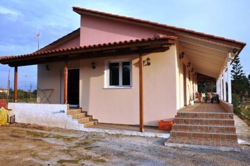 Detached House 100 m², Kalamaki, Movri