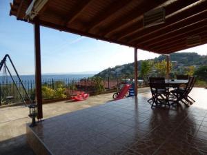 Maisonette 140 m², Peristeria, Salamina