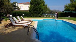 Villa 320 m², Kato Almiri, Saronikos
