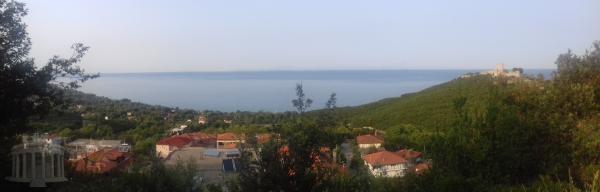 Sea view land. Οικοπεδο με θεα