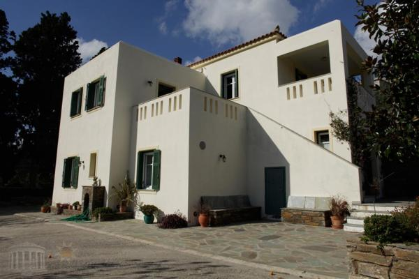 Villa Ioanna with large farm