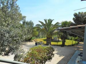 Detached House 120 s.m in Kira Vrisi-Korinthos 125.000 euros