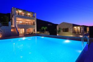 CRETE-IRAKLION-AGIA PELAGIA: For Sale Villa 181 sqm  in the  plot   of 391,6 sqm .
