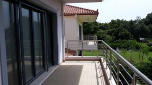 Maisonette 185 s.m at Kavos-Korinthia 240.000 euros