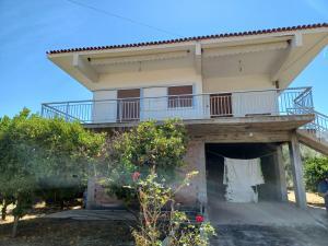Detached House 95 s.m at Almyri-Korinthia 135.000 euros
